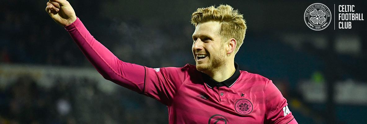 Clinical Armstrong sends Celtic 13 points clear