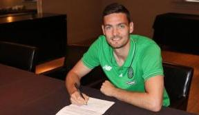 Craig Gordon extends Celtic contract
