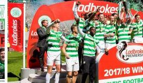 In this week's trophy-presentation Celtic View