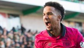 Sinclair double extends unbeaten run as Celts draw against Hibs